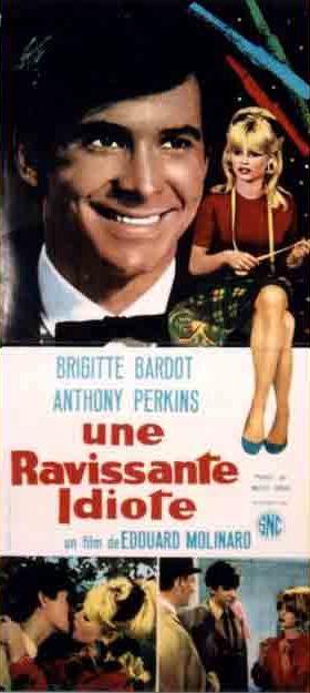 UNE RAVISSANTE IDIOTE Une_ravissante_idiote_2
